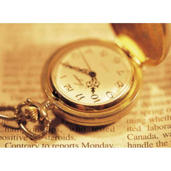 Pocket watches are engraved on their back, top or underside of the lid.