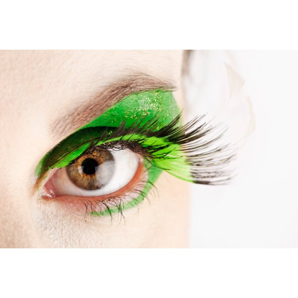 Improve your eyelash growth by eating veggies.