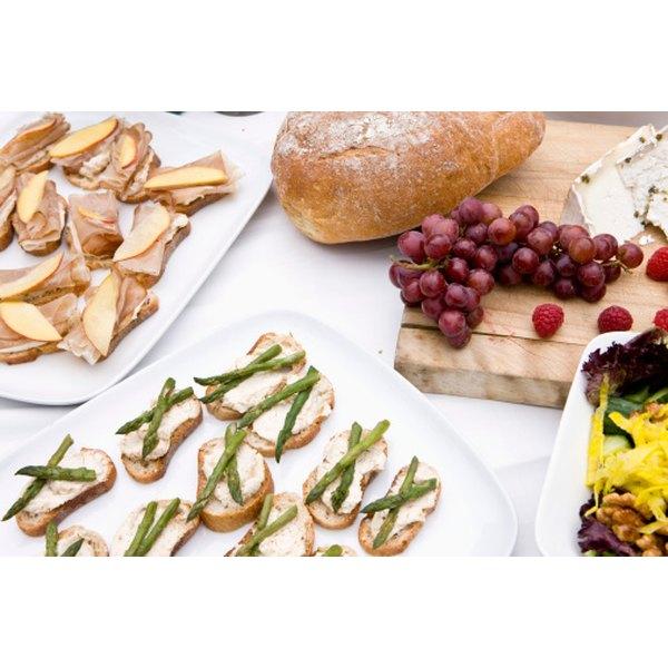 Finger Foods For Wedding: What Kind Of Food Do You Serve At A Bridal Shower?