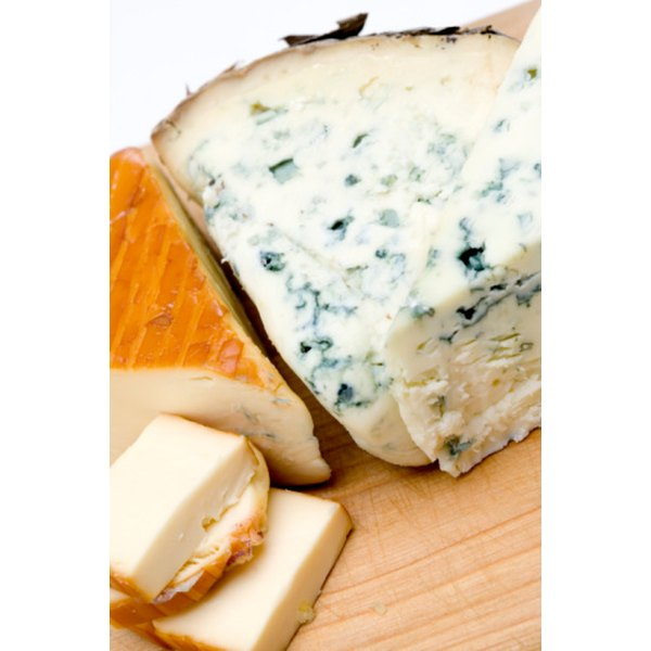 Gorgonzola shares flavor characteristics with other blue cheeses.