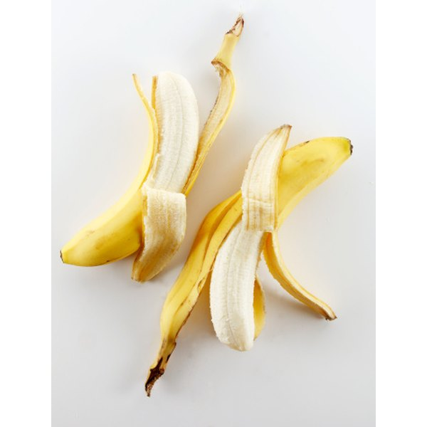 Eating or blending a banana into a drink can yield over 400 mg of potassium, a crucial electrolyte needed for endurance.