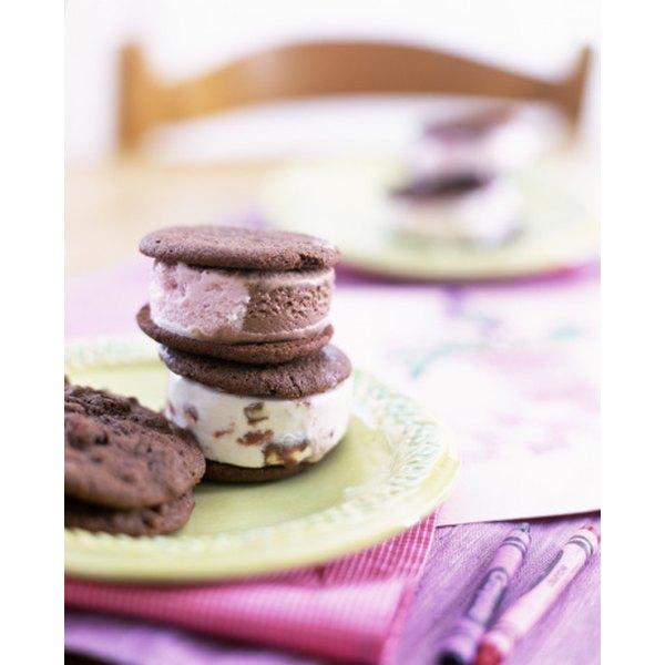 Ice cream sandwiches are one type of frozen dessert available from Weight Watchers.