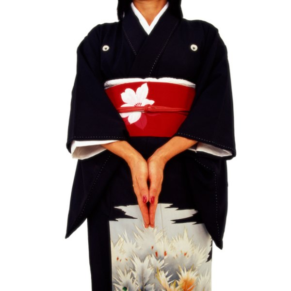 Turn a plain or patterned bedsheet into a kimono for children to wear.