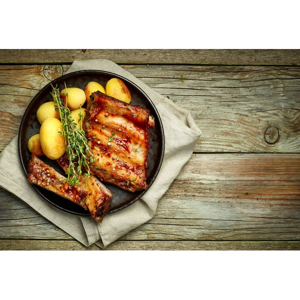 Can I Slow Cook Country Style Ribs Without Sauce in the Oven?