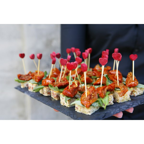 what kind of food do you serve on a canape plate our