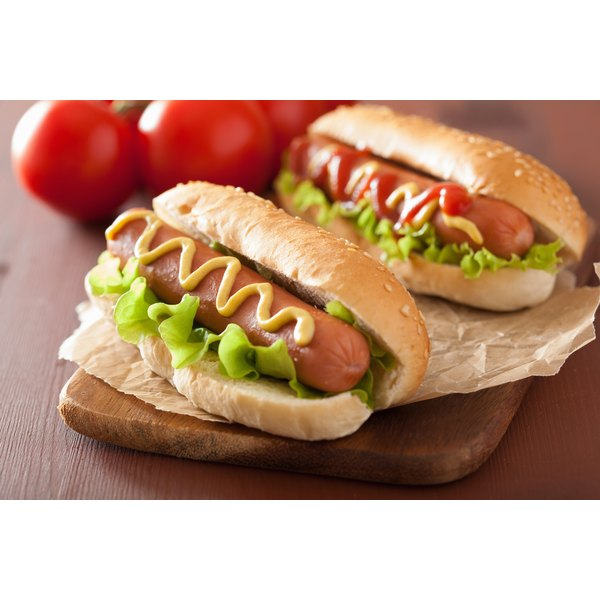 How to Cook Hotdogs in a Slow Cooker