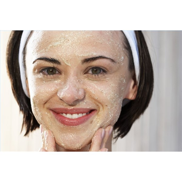 Care for Skin After Sugaring