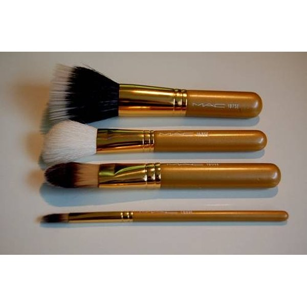 Clean Make Up Brushes With Alcohol