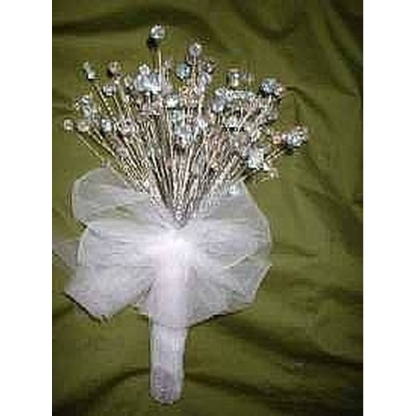 How to Make Crystal Wedding Bouquets & Boutonnieres | Our Everyday Life