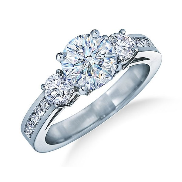 Are Wedding Rings Worn On The Right Hand: The Proper Way To Wear A Wedding Engagement Ring