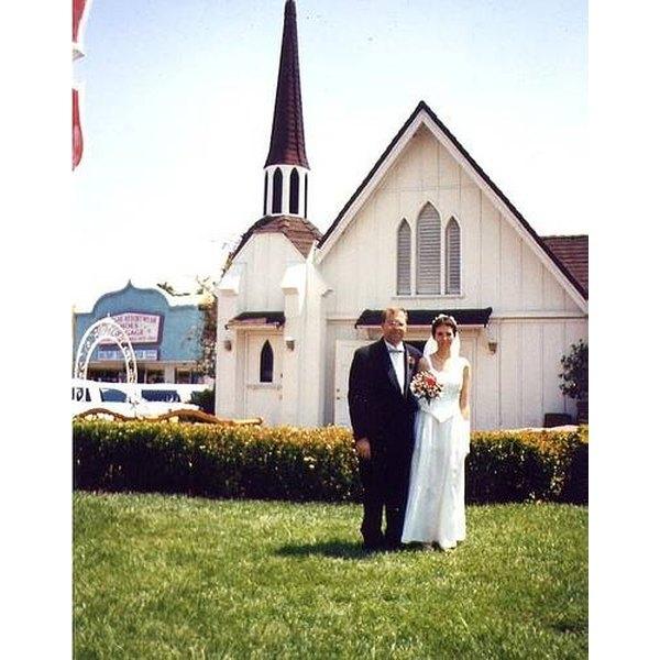 Newlyweds outside a Las Vegas wedding chapel