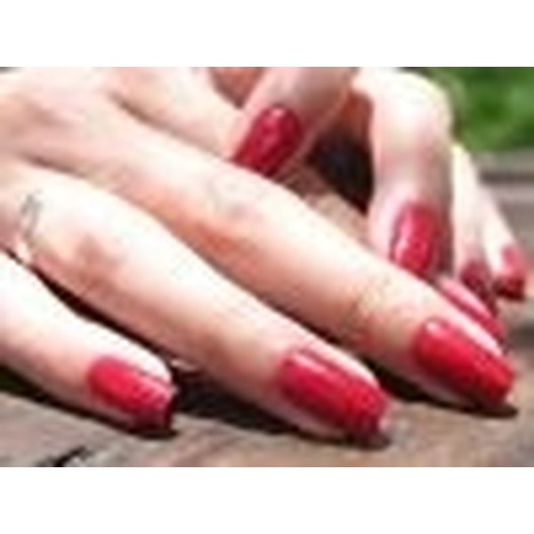 Apply Kiss Acrylic Nail Tips with ease
