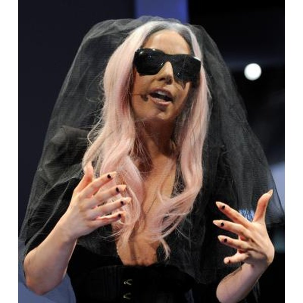Lady Gaga: the dark queen of sharp, pointy nails