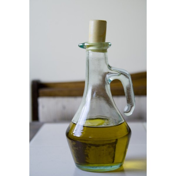 Olive oil may be an effective home remedy for dry skin.