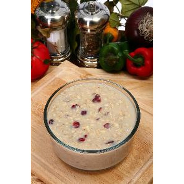 Oatmeal is an important natural source of soluble fiber.