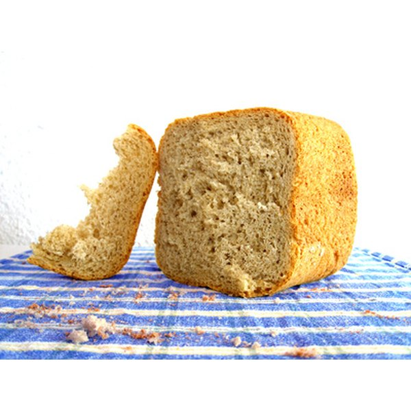 Bland foods such as plain bread can help to alleviate nausea.