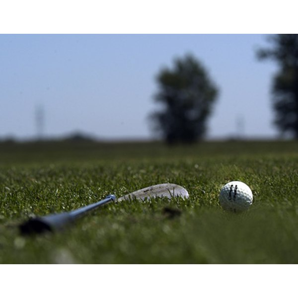 Solvent is commonly used to put on new golf grips, but there are alternatives.