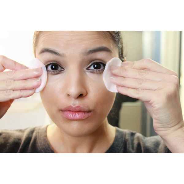 Removing makeup properly helps keep your skin clear and prevent premature aging.