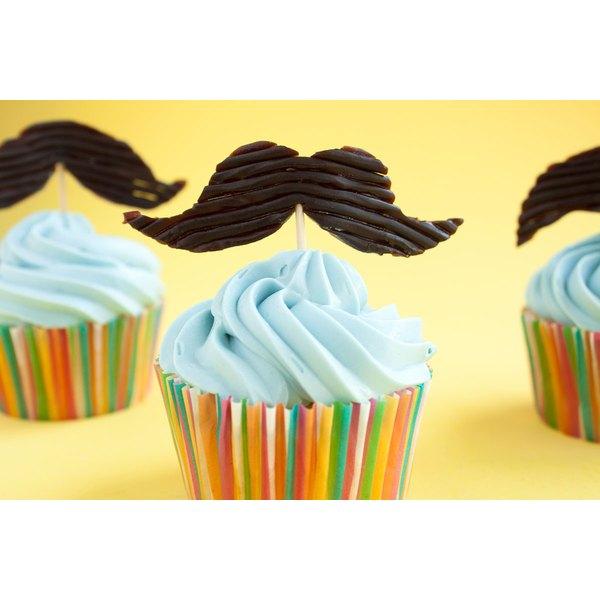DIY Edible Mustache Cupcake Topper | Our Everyday Life