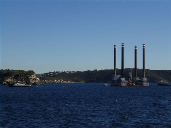 Desalination drilling rig