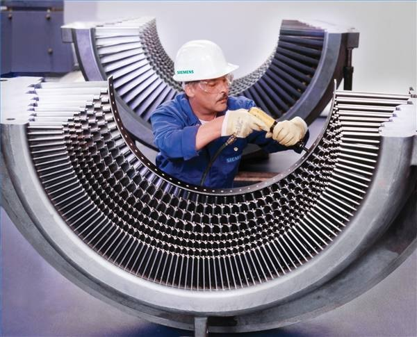 Steam Turbine, Seimens press picture.