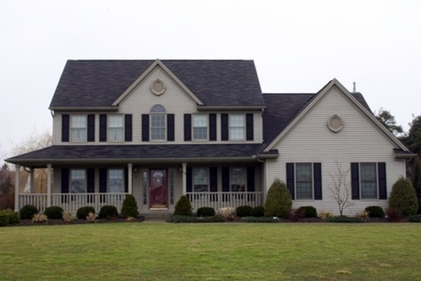 The Best Chemicals To Clean Vinyl Siding Homesteady