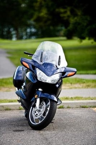 How to Repair Scratches on Motorcycle Fairing