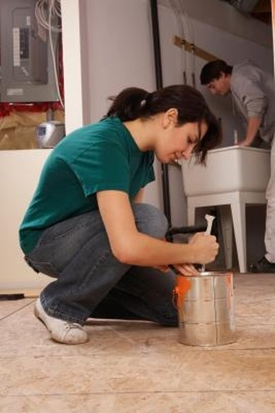 How to repair paint chips on wood trim homesteady for Paint chip repair near me