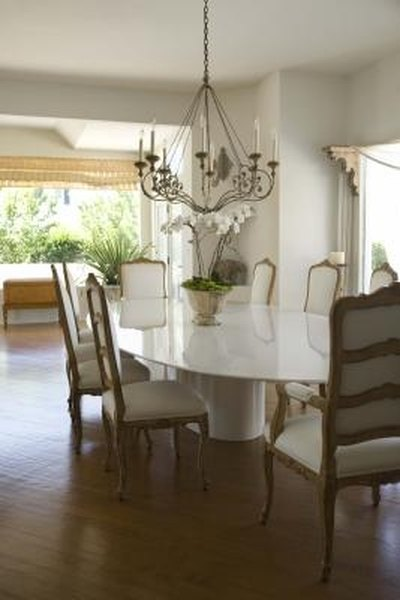How To Size A Light Fixture Over A Dining Room Table Homesteady