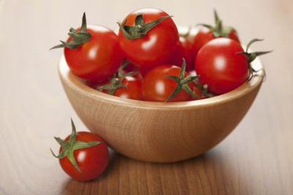 Bowl of ripe tomatoes
