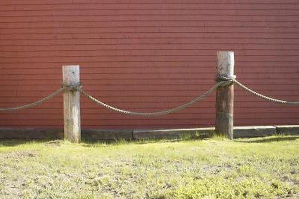 Fence Decorating Ideas Around Pool