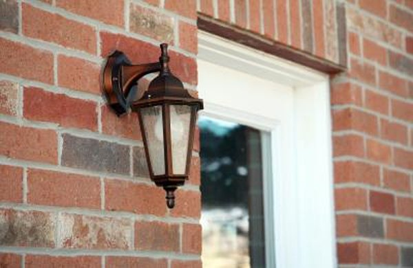 how to wire an outdoor light fixture homesteady. Black Bedroom Furniture Sets. Home Design Ideas