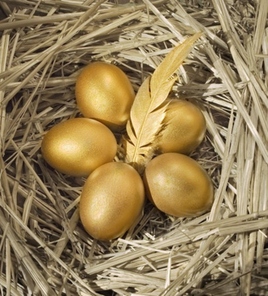 Putting your retirement nest egg in gold may make sense.