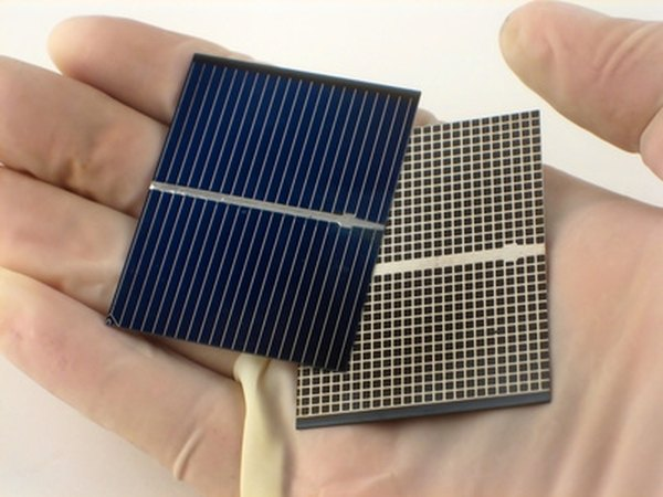 Different types of solar cells are used to create solar lamps.
