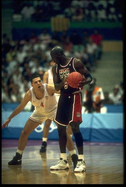 O Dream Team das Olimpíadas de 1992 venceu todos os jogos rumo à medalha de ouro com uma vantagem de 44 pontos