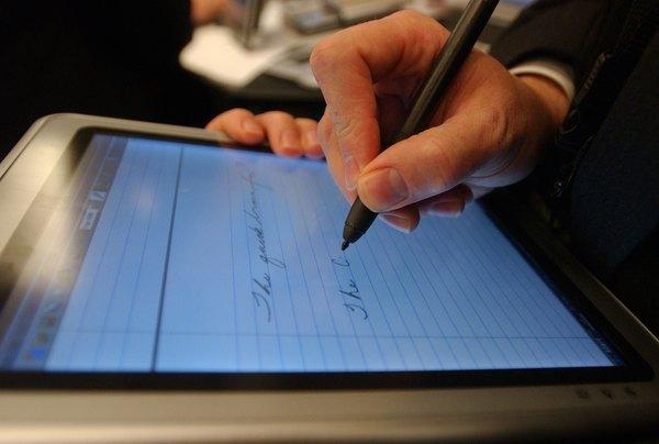 O tablet também é um moderno caderno para registro de textos