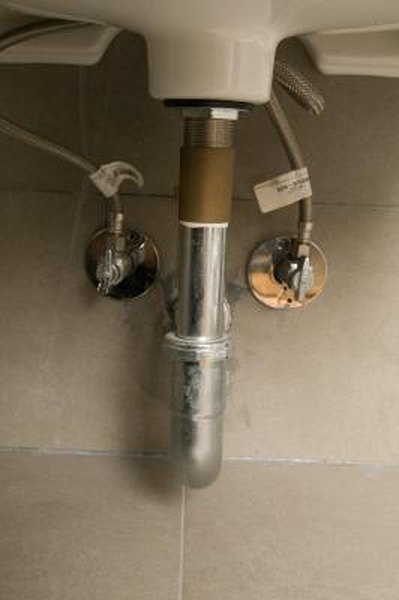 How To Use Epoxy Putty Stop A Sink Pipe Leak