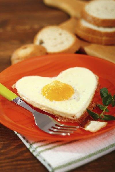 Versáteis e fáceis de fazer, os ovos são coringas do café da manhã