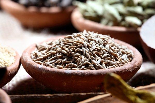 Las semillas de comino contienen propiedades digestivas.