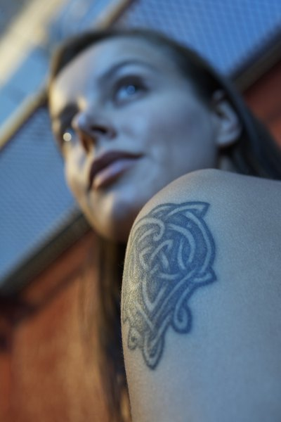 why should tattoos be accepted in the workplace Tattoos should be allowed in the workplace and not shunned throughout time tattoos have been used as gang signs, marks of slavery, and a show of dominance among criminals, however, many have been use to communicate accomplishment, leadership or rank.