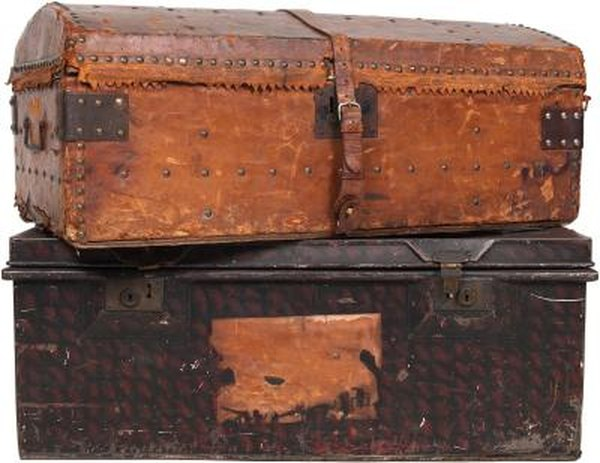 How To Make New Wooden Chests Look Old And Antique