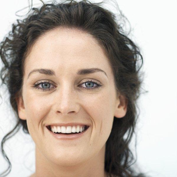 A máscara anti-idade é capaz de atenuar as linhas de expressão, hidratar e assim rejuvenescer a pele