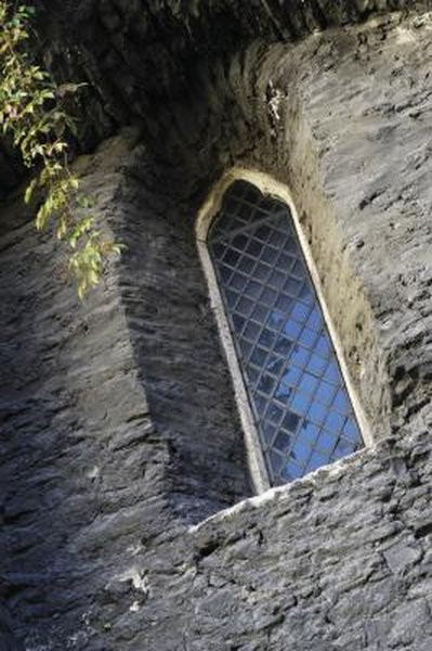 How To Create Your Own Tudor Style Window Grids