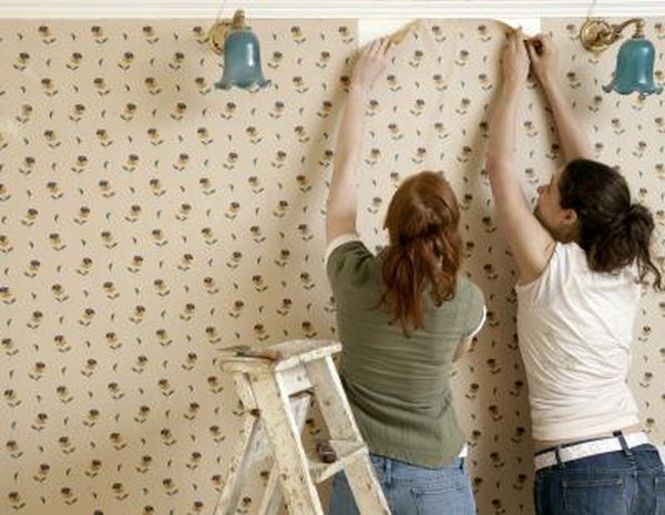 How To Get Wallpaper Off Without A Steamer Home Guides
