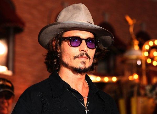 Johnny Depp foi eleito duas vezes o homem mais sexy do mundo pela revista People