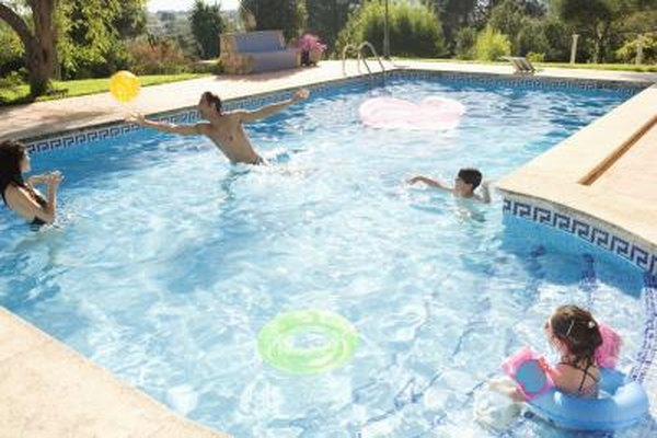 How to Remove the Waterline Scale on a Swimming Pool | Home ...