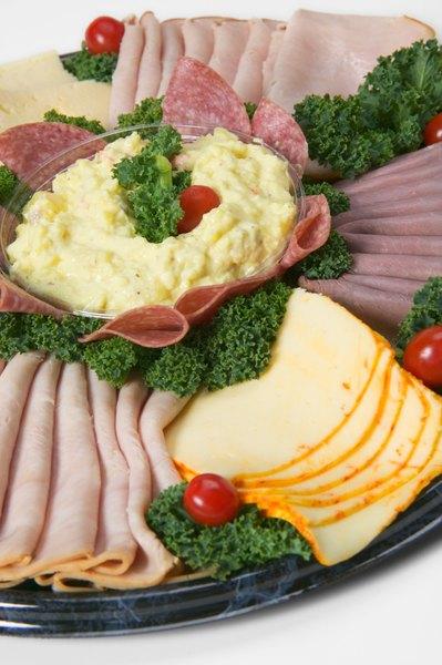 Las carnes frías también son susceptibles al deterioro.