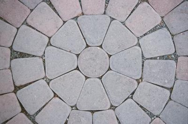 How to Calculate Pavers for a Half Circle | Home Guides | SF