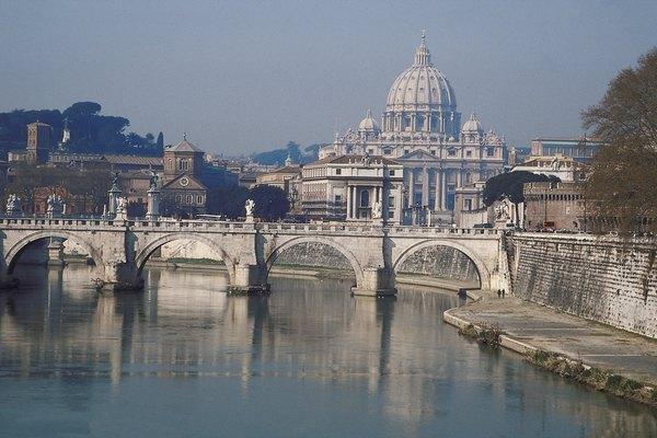 La ciudad-Estado de El Vaticano posee una extensión territorial de 44 hectáreas.