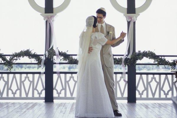 Matrimonio Judio : Tradiciones de las celebraciones judías